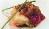 Lomos de bacalao con cebolla dulce y piquillos